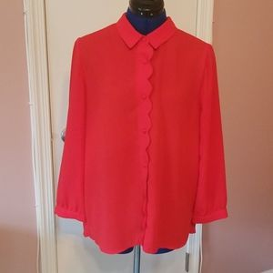 Red 3/4 sleeve button up blouse w/scallop front XL